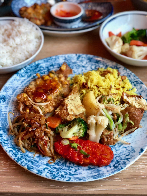 mama makan vegan indonesich