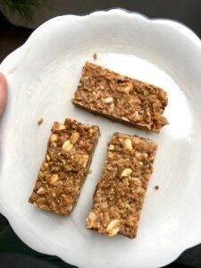 pindakaas granola bars